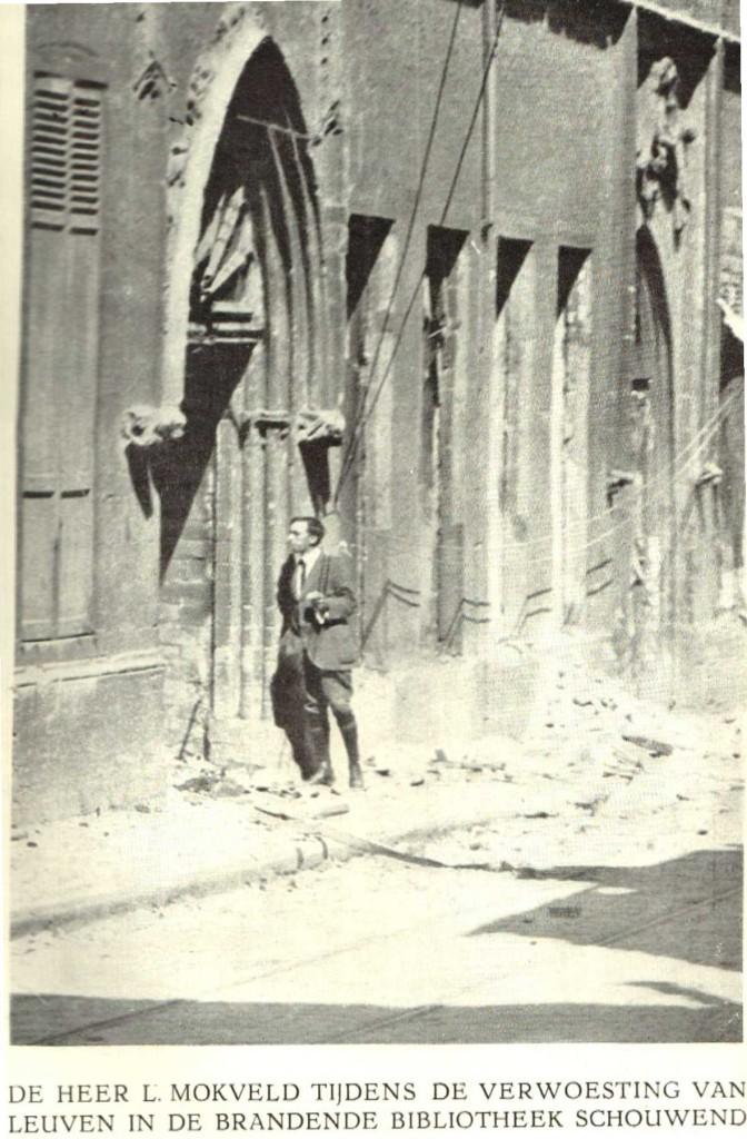 Mokveld bij de uitgebrande bib in de Naamsestraat, Leuven (Mokveld, De overweldiging, 1916)