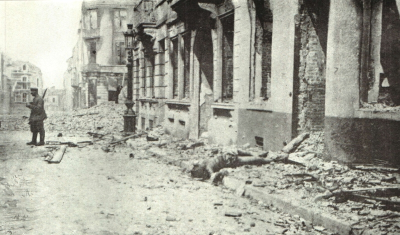 Eind augustus 1914 liggen de lijken in Leuven nog op straat (Gibson 1917)