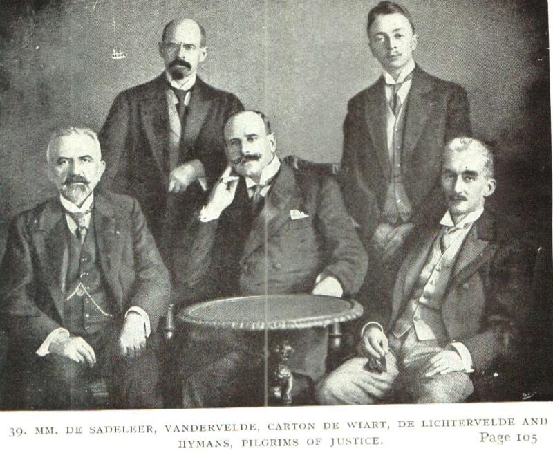 Leden van de Belgische Onderzoekscommissie naar schendingen van het volkenrecht tijdens de Eerste Wereldoorlog (foto de Gerlache 1917)
