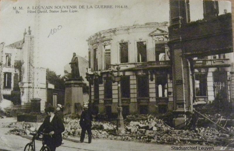 De uitgebrande burgerwoning 'David Fischbach Malacord'. Op 25 augustus 's avonds werden vader en zoon David uit hun huis gesleept, geboeid en neergeschoten door Duitse troepen.