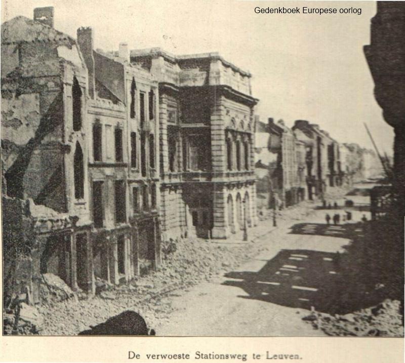 Zicht op de puinen in de Statiestraat (=Bondgenotenlaan) in 1914 (foto Gedenkboek Europese oorlog)