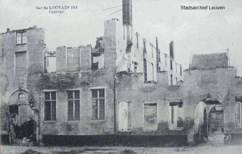 Rijschoolstraat, het voormalige Wittevrouwenklooster dat voor de oorlog als kazerne dienst deed.