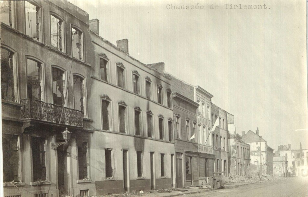 Tiensesteenweg kant Kessel-Lo (foto Stadsarchief Leuven, Collectie Uytterhoeven)