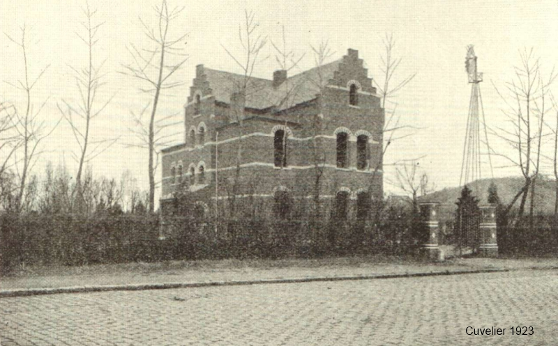 "Villa ""Jeanne d'Arc"" van Pierre Van Steenberghe, Tiensesteenweg 239, Kessel-Lo"